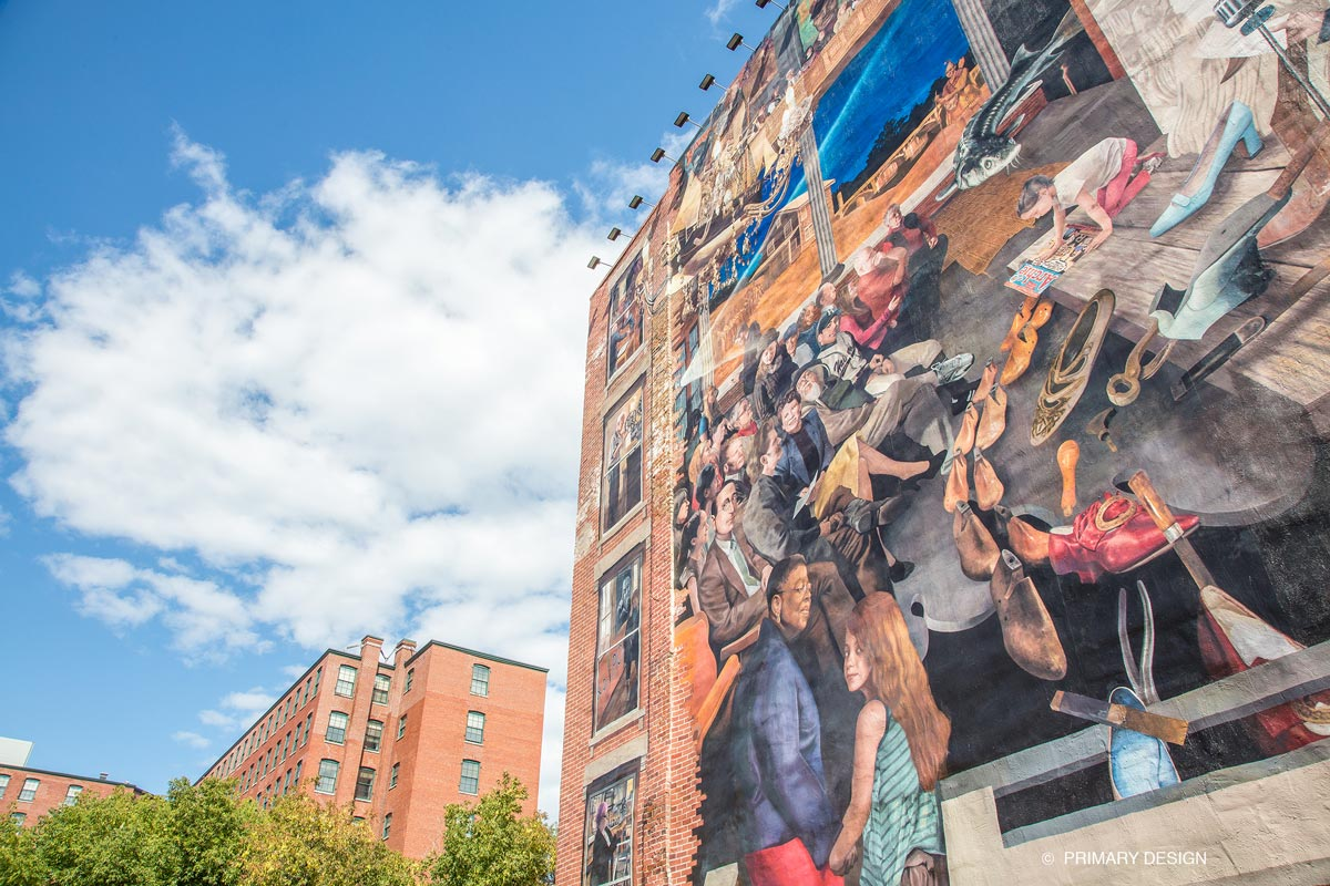 Mural on side of Haverhill building